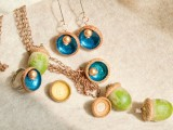 Amazing Diy Autumn Necklace Of Acorns