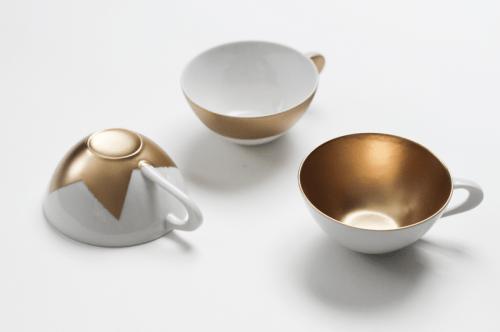 metallic teacups