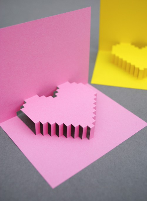 DIY pixelated pop-up card (via minieco)