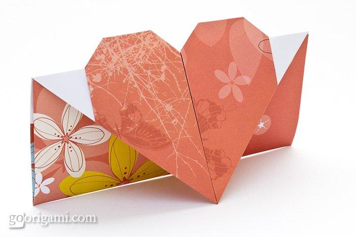 DIY origami heart card