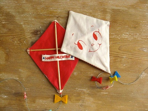 DIY air kite valentines
