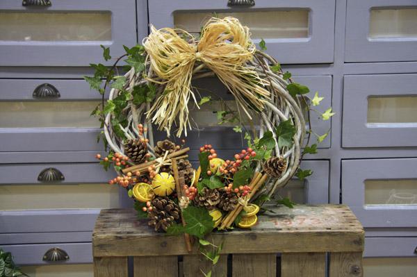 rustic berry wreath