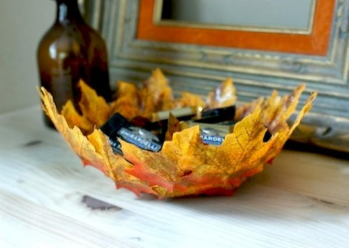fall leaves bowl