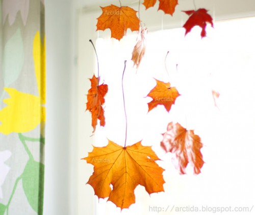 hanging fall leaves decor (via arctida)