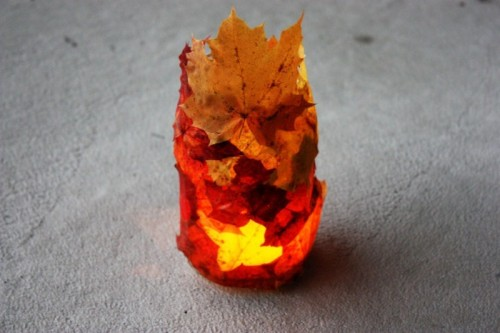 fall leaves lantern (via shelterness)