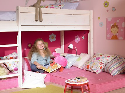 picture of amazing girl room renovation. Black Bedroom Furniture Sets. Home Design Ideas
