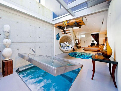 Cool Apartment With a Pool In a Living Room
