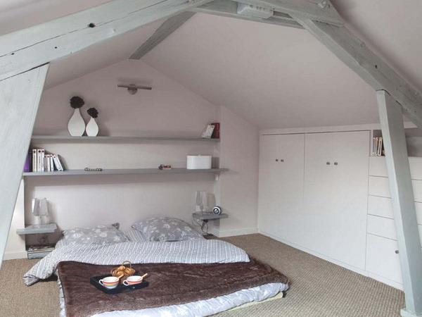 Picture of attic bedroom designs for Cool attic room ideas