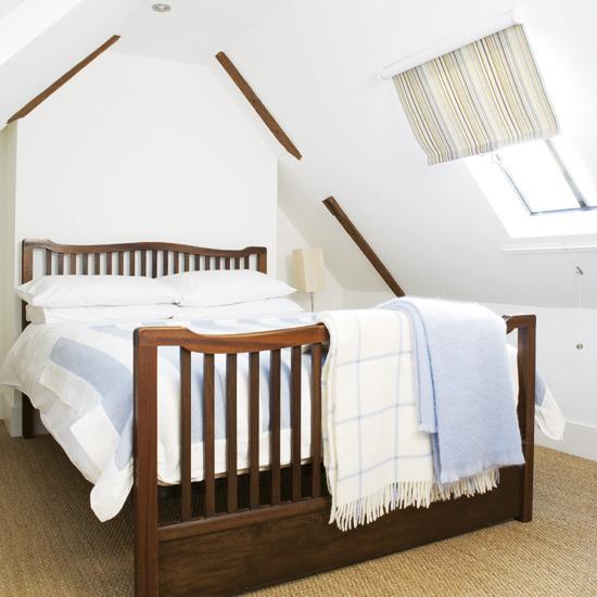 50 Cool Attic Bedroom Design Ideas Photo 46