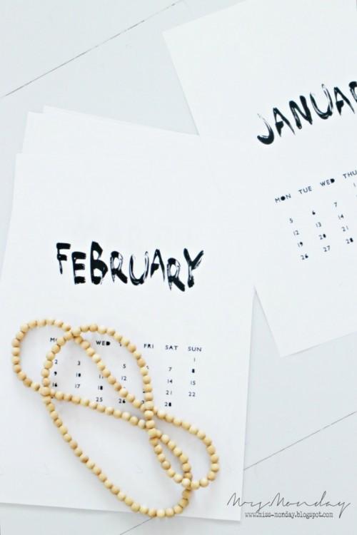 cool printable 2015 calendar (via miss-monday)