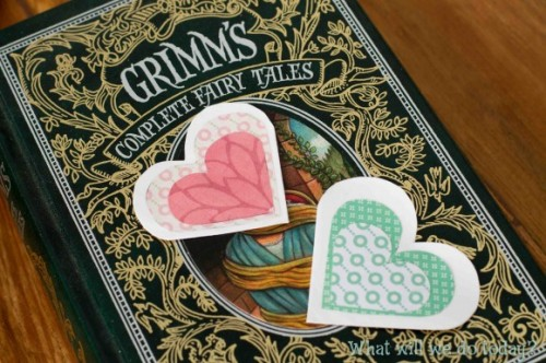easy heart bookmarks (via whatwillwedotoday)