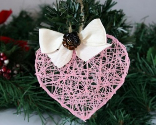 string heart ornament (via shelterness)