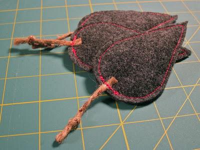 catnip mice (via thezenofmaking)