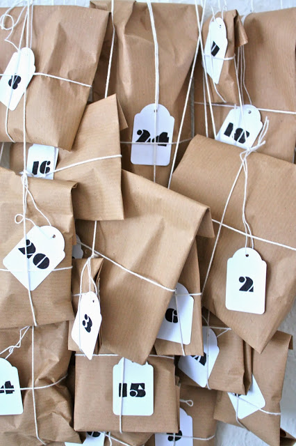 tea bags advent calendar (via alionsnest)