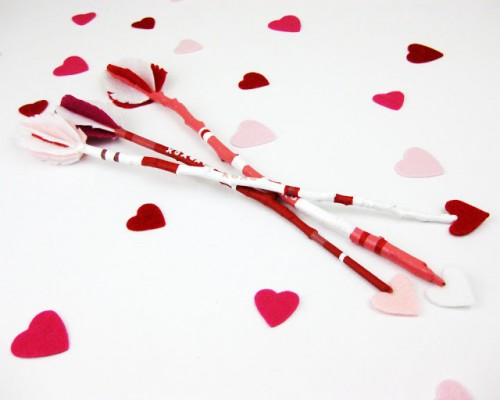 cupid stick arrows (via iwearthecanvas)