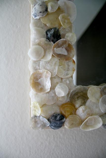 colorful shells mirror (via mysweetlandon)