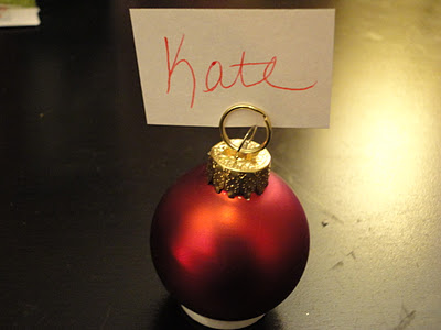 Christmas ornaments place card holders (via bemerrykate)