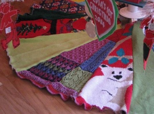 tree skirt from a recycled sweater (via inhabitots)