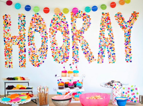 confetti backdrop (via lifesweetlifeblog)