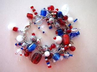 fireworks bracelet (via yellowblackbird)