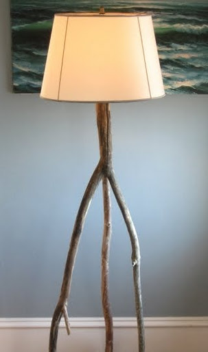 driftwood floor lamp (via completely-coastal)