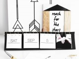 awesome-diy-black-and-white-instagram-calendar-1