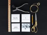 awesome-diy-black-and-white-instagram-calendar-3