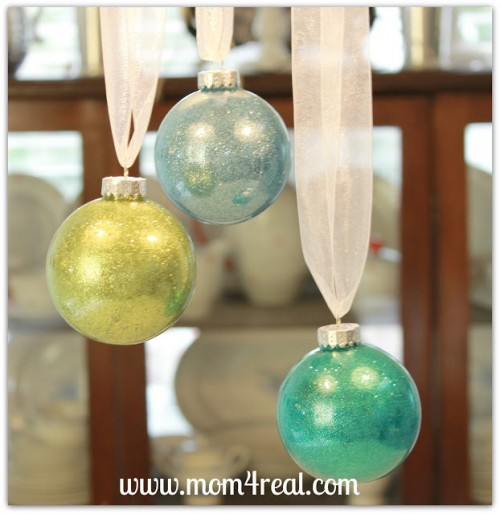 DIY glitter filled balls