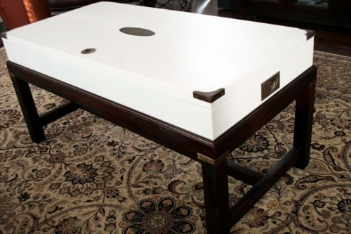stylish dark and white coffee table makeover