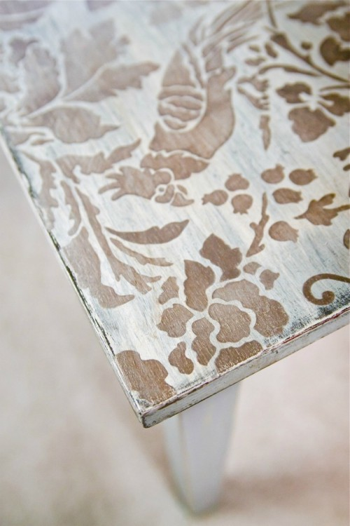 floral stenciled coffee table (via offbeatandinspired)
