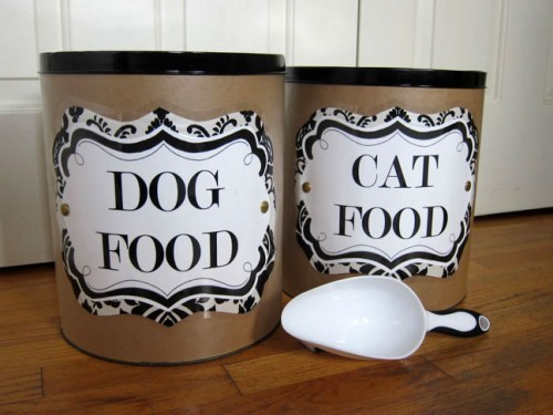 knock-off pet food containers (via momtastic)