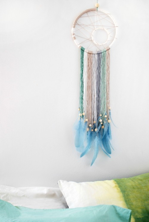 modern dreamcatcher (via crafts)
