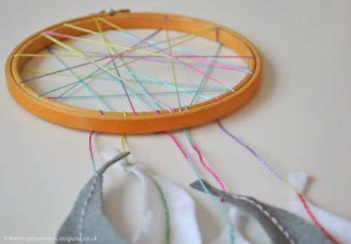 neon dreamcatcher (via thethingsshemakes)