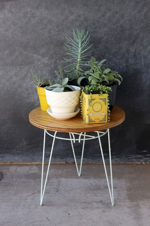 Beautiful Awesome DIY End Table From A Plant Stand