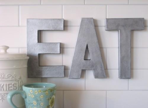 zinc letters decor (via lollyjane)