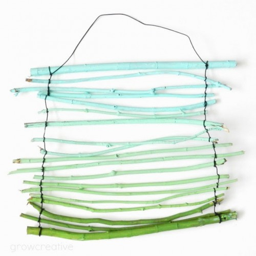 ombre twig wall hanging (via growcreative)