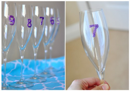 new year count down glasses (via thecheesethief)