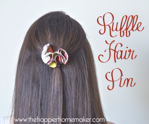 ruffle hair pin (via thehappierhomemaker)