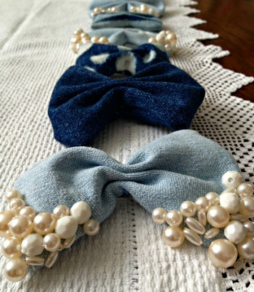 denim hair bows (via salutetocute)