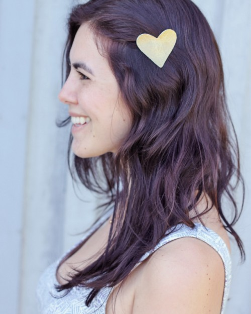 heart shaped hair clip (via withlovely)