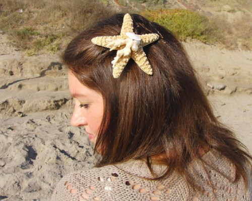 starfish hair pin (via shabbybeachnest)