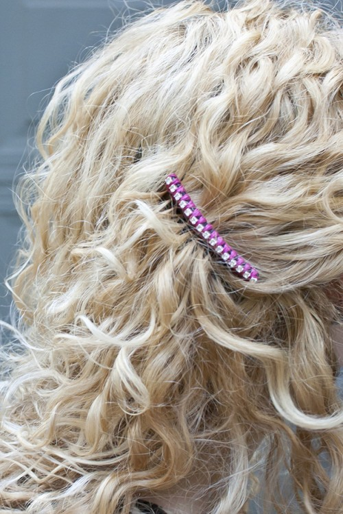 chain hair combs  (via transientexpression)