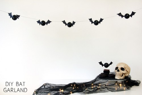 Cool DIY Bat Garland