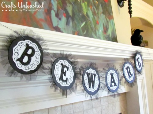 Easy DIY BEWARE Halloween Garland (via bedifferentactnormal)