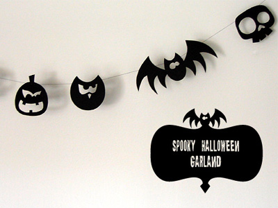 Cute DIY Paper Halloween Garland (via papercrave)