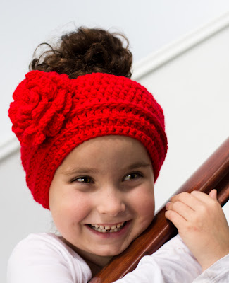 lady in red headband (via myfavouritethingsblog)