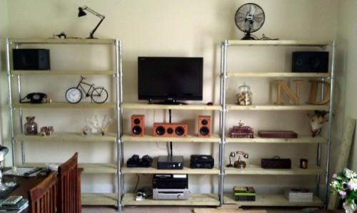 entertainment center with bookshelves (via simplifiedbuilding)