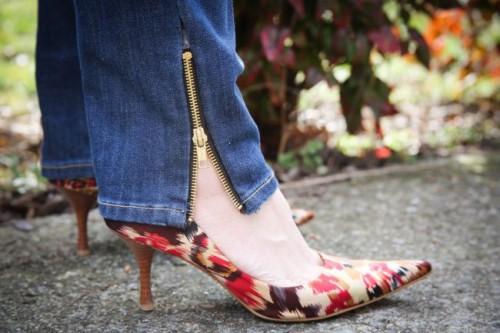 zipper jeans (via henryhappened)