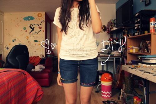 embroidery thread shorts (via thefirstlime)