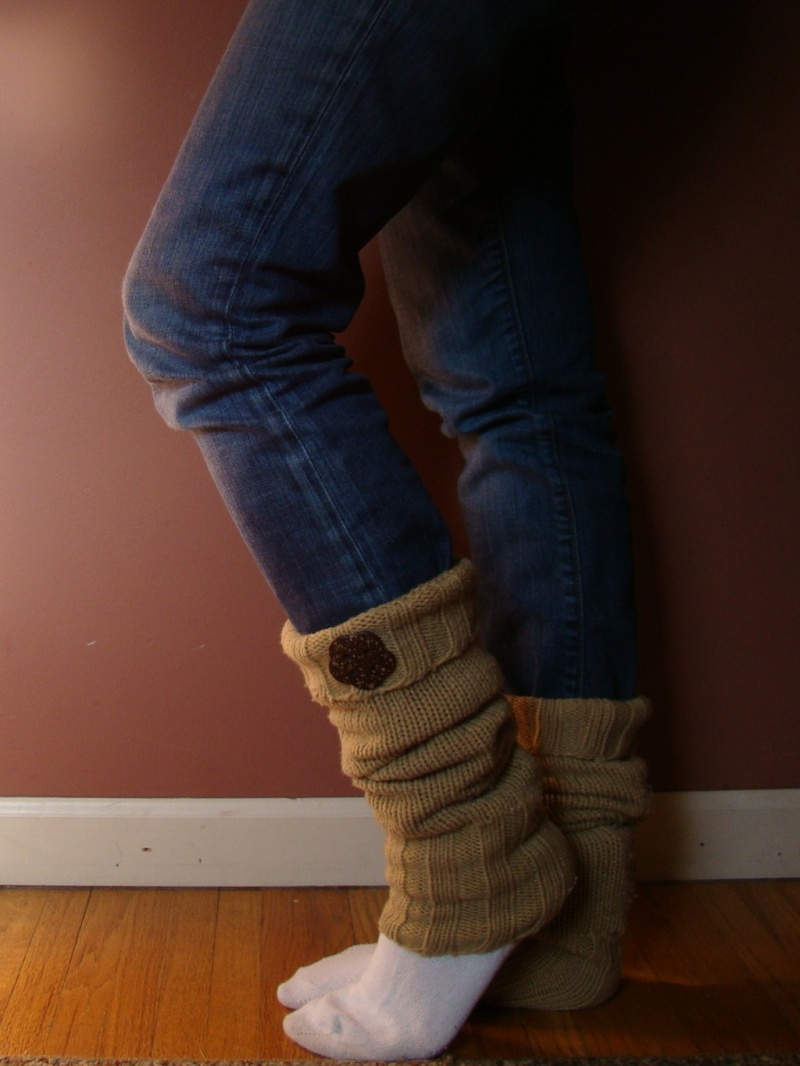 leg warmers with buttons
